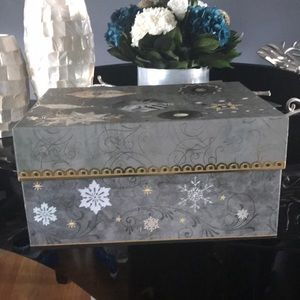 NWT Punch Studio Decorative  Storage Box